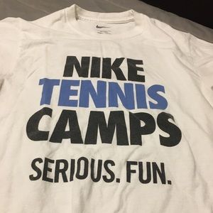 Nike tee used for sale